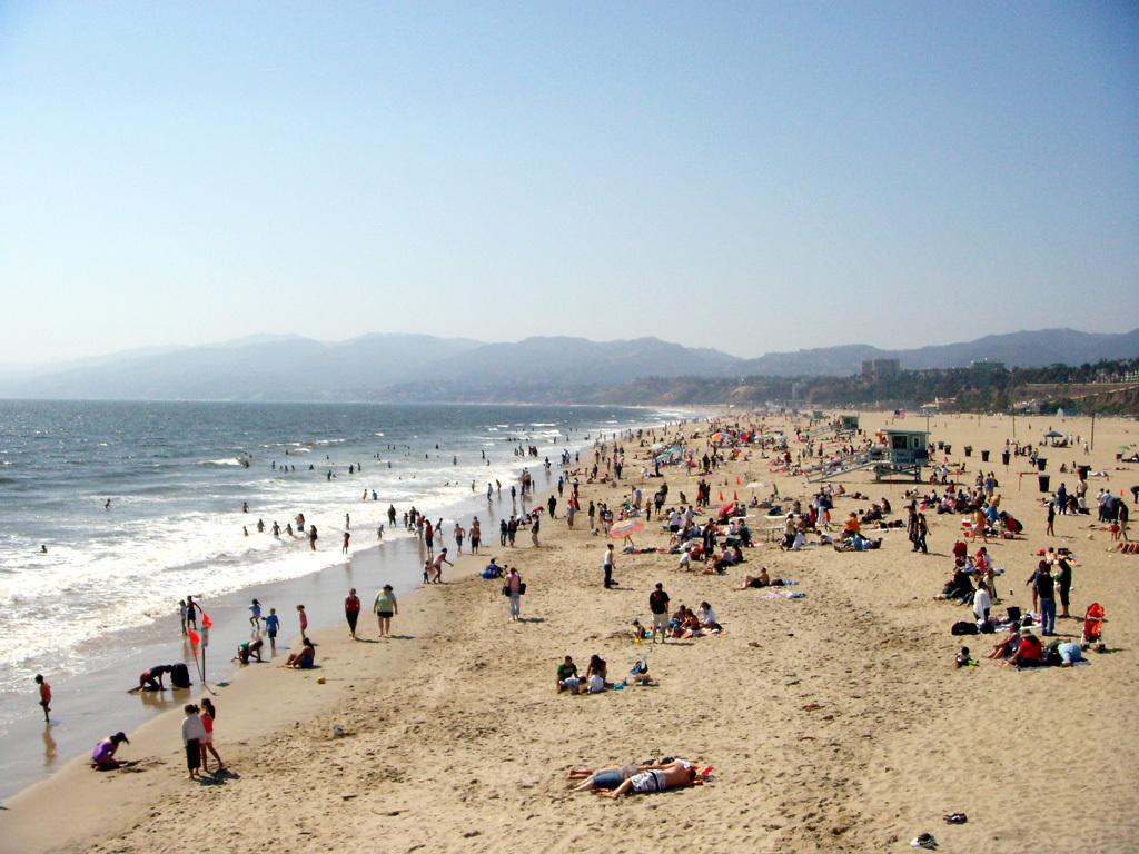 Santa monica beach 02